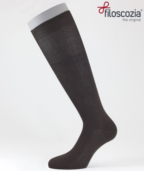 Flat Knit Cotton Lisle Long Socks Brown for men