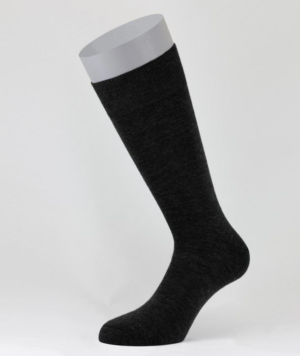 Flat Knit Wool Short Socks for men Anthracite